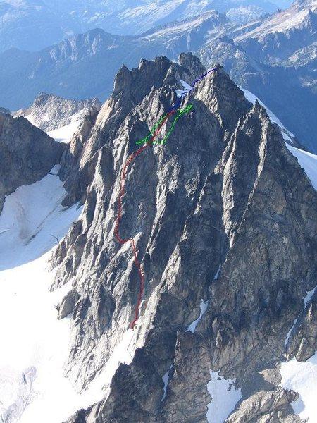 Rock Climbing Photo: Route. Blue line is where the route joins NE Ridge...