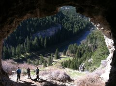 Rock Climbing Photo: Cave above the Smith River