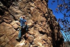 Rock Climbing Photo: working Crab Louse(5.12) in Horse Shoe