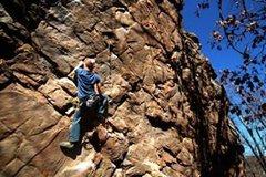 Rock Climbing Photo: working Crab Louse(5.12) in Horse Shoe