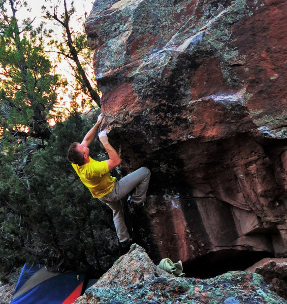 Rock Climbing Photo: Eyeing the right hand sloping-pinch on Bangled Fli...
