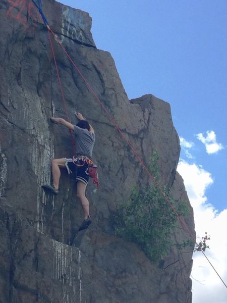 Top-roping in the Quincy Quarries