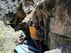Rock Climbing Photo: Bag at the arete about to top out.