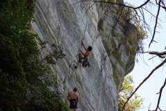 Rock Climbing Photo: Starting up Pitch 2 of Encore.