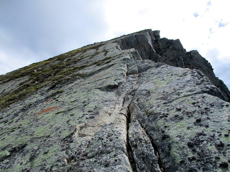 Rock Climbing Photo: The ragged edge pitch (last pitch to the top).