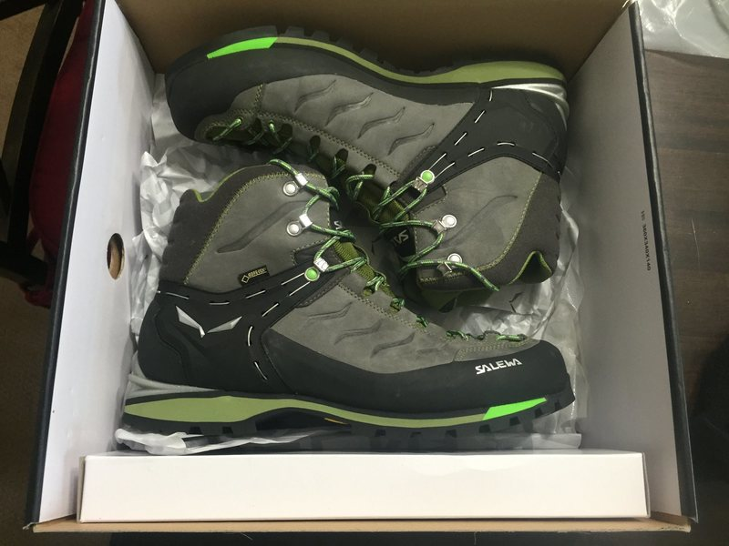 Rock Climbing Photo: New Salewa rapace 11 1/2
