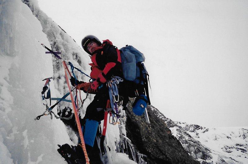 Rock Climbing Photo: Pete Anania on the Crux