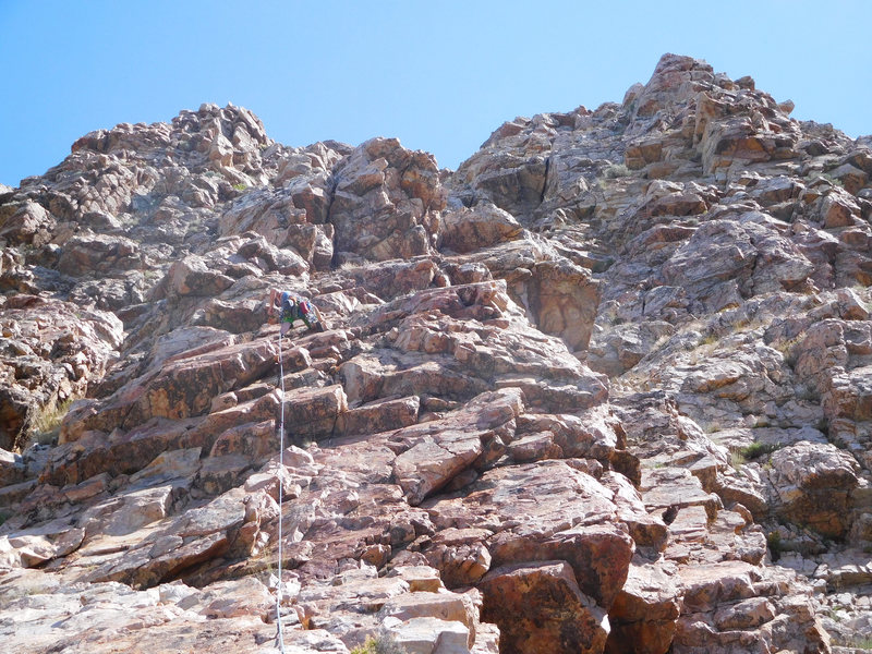 The red rib of pitch 5. Pitches 6 and 7 can be seen to the right of Willy. Pitch 6 starts at the jagged crack/flake and then goes up the left-facing corner above.
