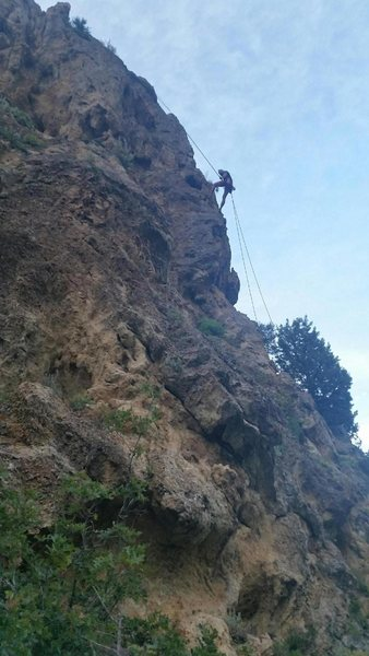 Rock Climbing Photo: Sam rapping off Brave Brother Badass at the Jug Ha...