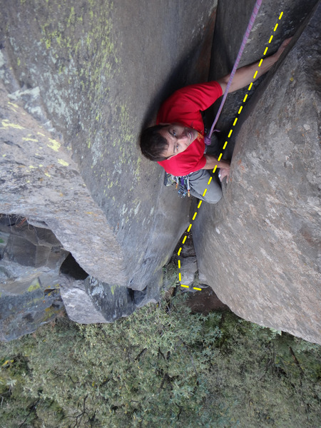 Francisco Herrera finishing the upper dihedral of Tibiri Tabara.<br> <br> Photo by Mauricio Herrera Cuadra.