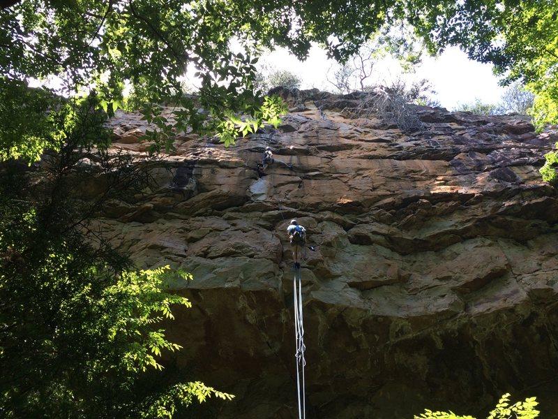 Rock Climbing Photo: Bindal pink-pointing pitch 2.