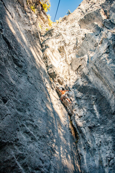 Rock Climbing Photo: Jimmy following Undiscovered Country
