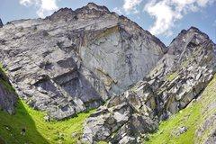 Rock Climbing Photo: approaching