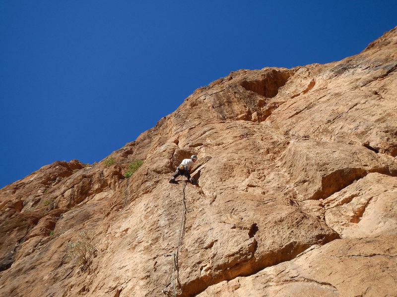Climbing in Morocco Escalade au Maroc<br> Guidebook climbing in Todra gorges <br> China Perdida route<br> Mansour area