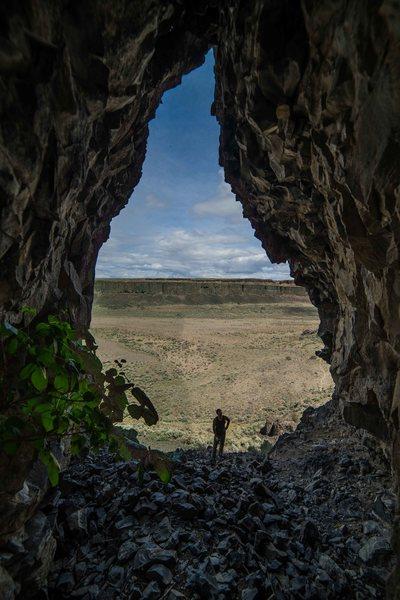 Rock Climbing Photo: Cave at Balls Wall