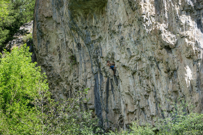 Rock Climbing Photo: Matthew Garvin, exiting the funky beginning corner...