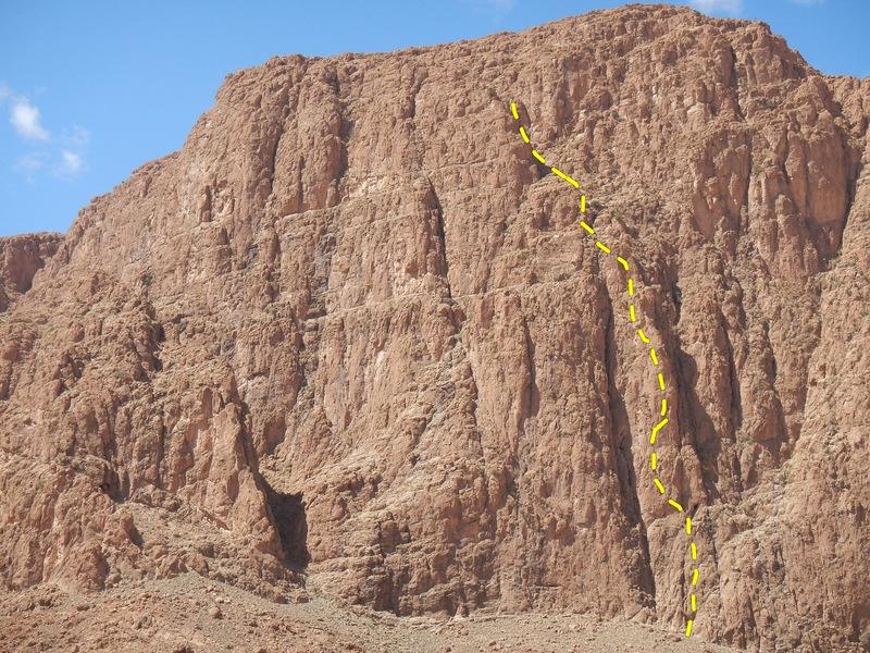 Tromina bitonal, Paroi du Levant, Gorges du Todgha, Maroc.