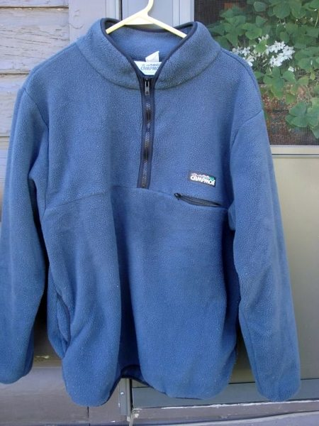 Rock Climbing Photo: Thick Fleece Layering Piece