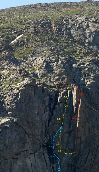 Rock Climbing Photo: This photo shows the 4th pitch as it enters into &...