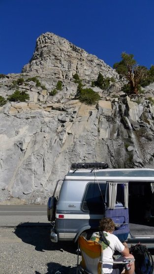 Rock Climbing Photo: Place to park on the Tioga Road (US 120) to approa...