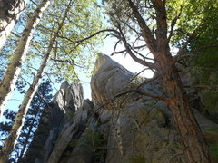 Rock Climbing Photo: Thunder Road-- 5.9+--All the way up this big spur-...