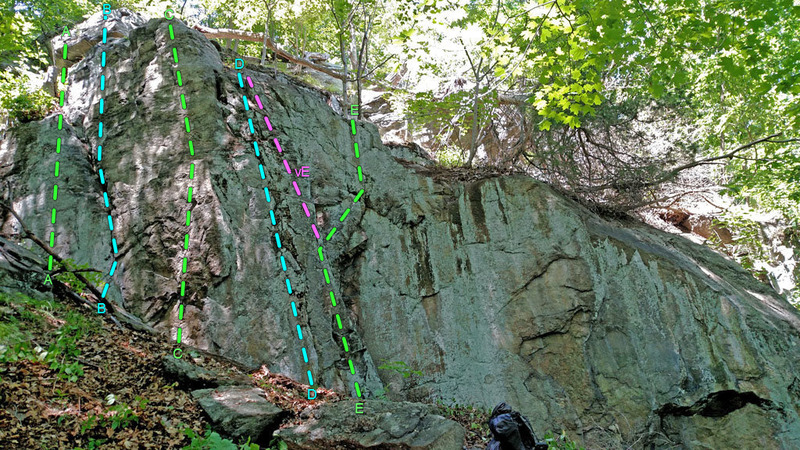 Rock Climbing Photo: The Ear sector,  overview of routes ... A. Huggie ...