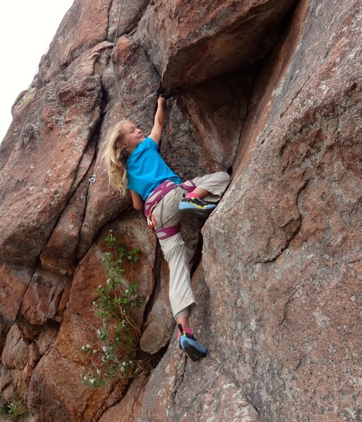 Norah heading into the overhanging section.