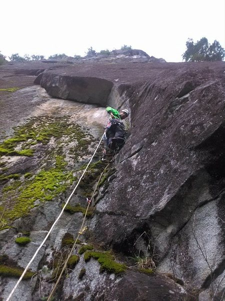 Rock Climbing Photo: Brian Ebert getting the rope up a on cold rainy da...