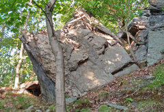 Rock Climbing Photo: Monkey Boat from ESE
