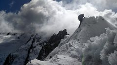 Rock Climbing Photo: Crux below the summit