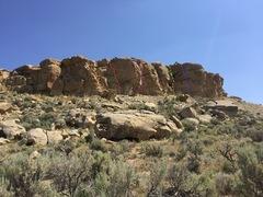 Rock Climbing Photo: Twin Creek; Blue- Hearing Voices, Yellow- 465 Easy...