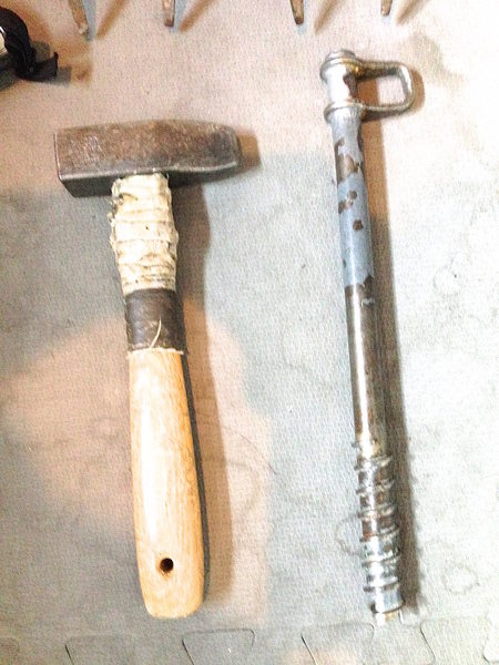 Piton hammer and screw