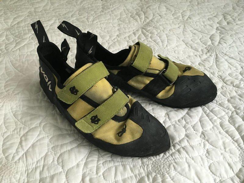 Evolv shoes 1