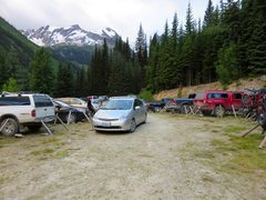 Rock Climbing Photo: The parking lot full of chicken-wire-wrapped cars....