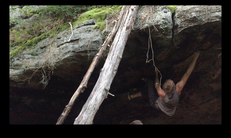 Rock Climbing Photo: Rail Gun, Match where my right hand is for the fin...