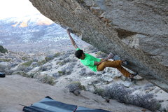 Rock Climbing Photo: Sticking the first move