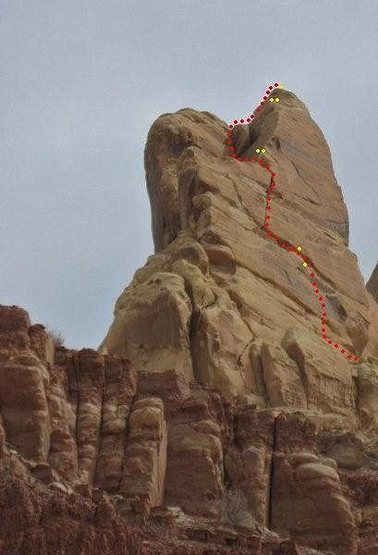 Rock Climbing Photo: FA Snakes and Arrows Tower . Window Blind area . S...
