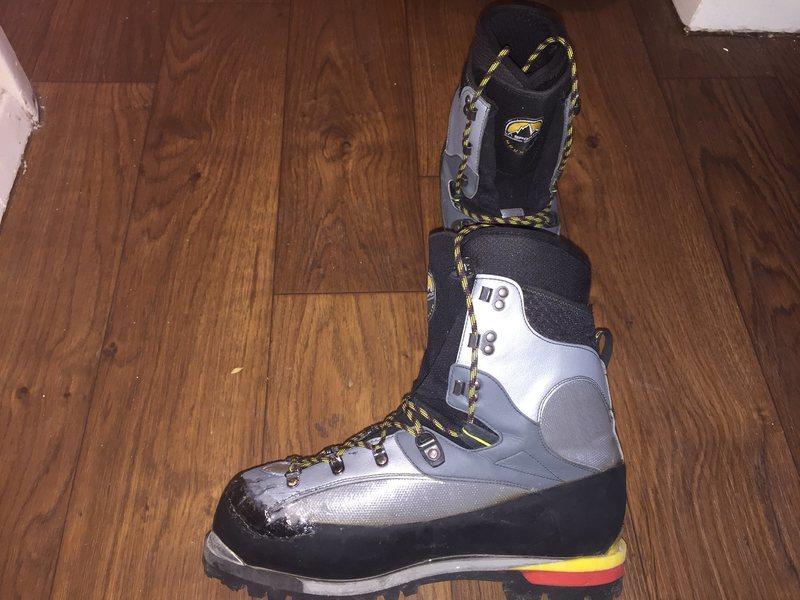 Rock Climbing Photo: tip of right boot (fixed w/ shoe goo)