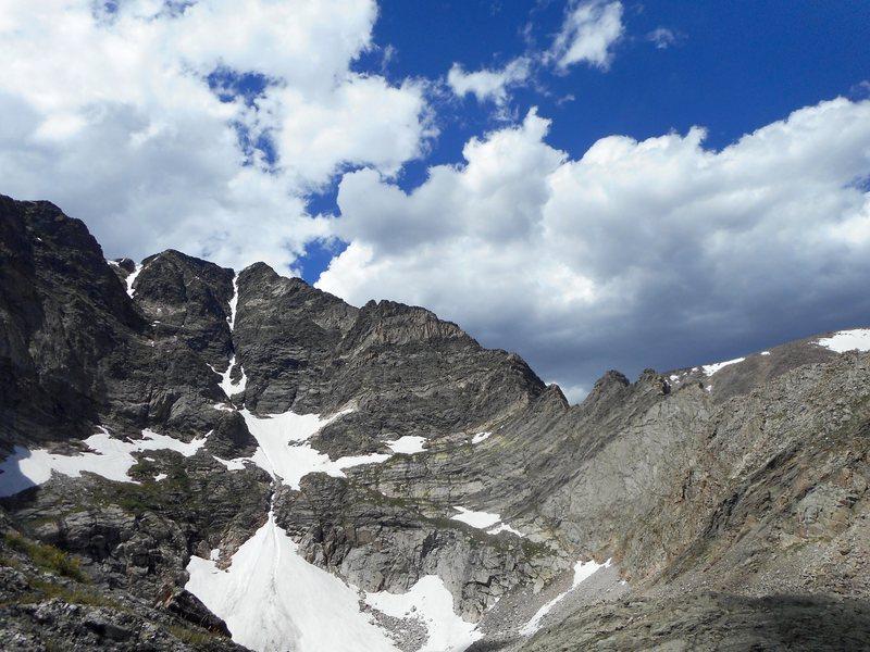 Blitzen ridge, Ypsilon Mt. RMNP. Free solo.
