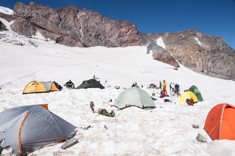 A bustling base camp. Camp Muir as Ingraham flats was full.