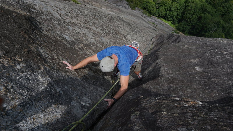 Cruiser hand/fist crack, great fun with beginners and a superb introduction to multi-pitch climbing.