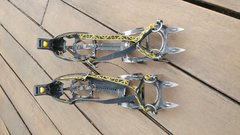 Rock Climbing Photo: Top view of crampons