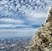 Rock Climbing Photo: Two climbers above Valhalla Canyon on the upper ex...