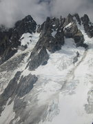 Rock Climbing Photo: The South Ridge is the massive and convoluted rock...