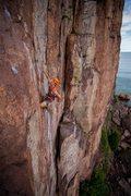 Rock Climbing Photo: Beginning the crux traverse on pitch 1