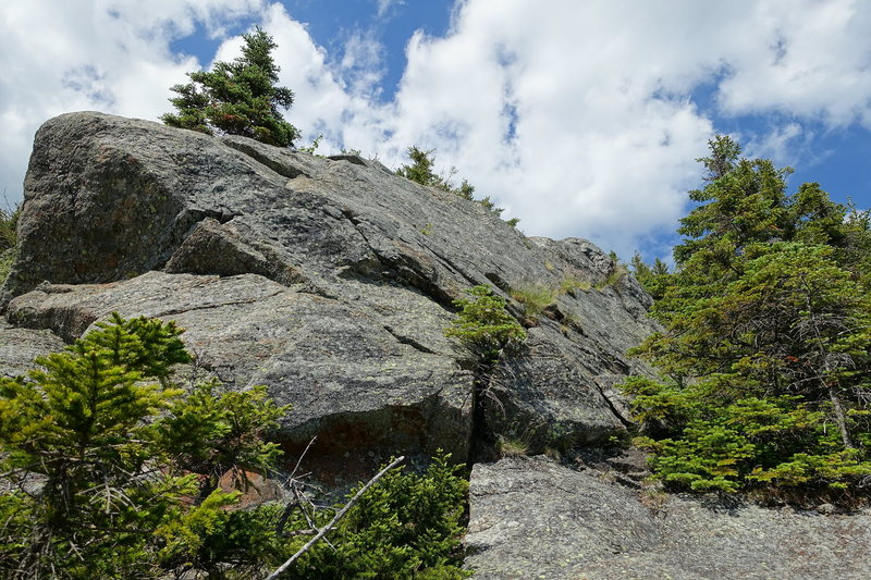 Rock Climbing Photo: AMC Route Variation, top of P3. From here you can ...