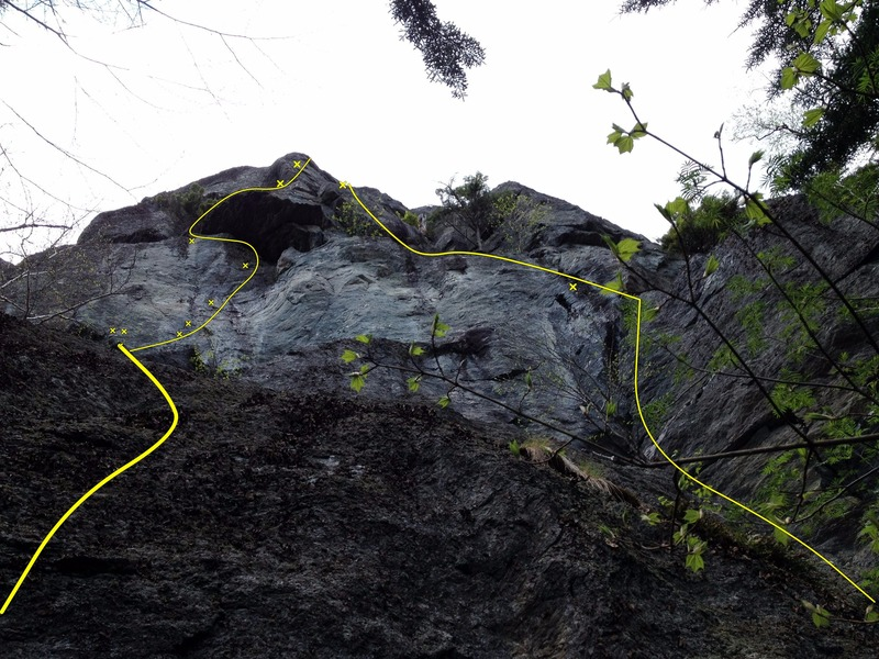 Rock Climbing Photo: Jolly Roger on the left and Fiddler on the Roof on...