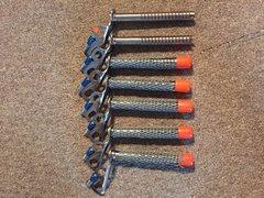 7 Black diamond ice screws