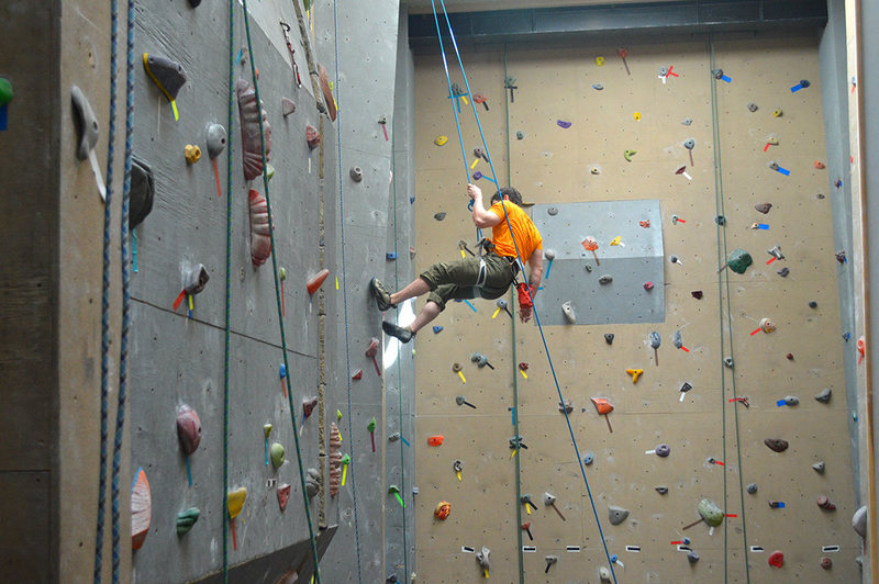 Rock Climbing Photo: Top rope climbing at the Crux, Champlain Valley Cl...