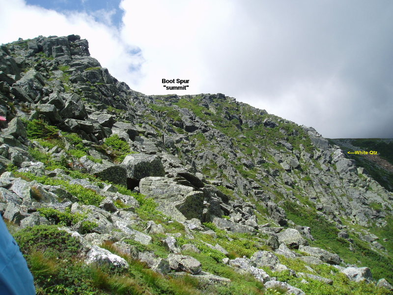 Rock Climbing Photo: On the approach Buttress #1 is at top left, buttre...
